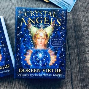 Other - Crystal Angels Oracle Cards 🌵